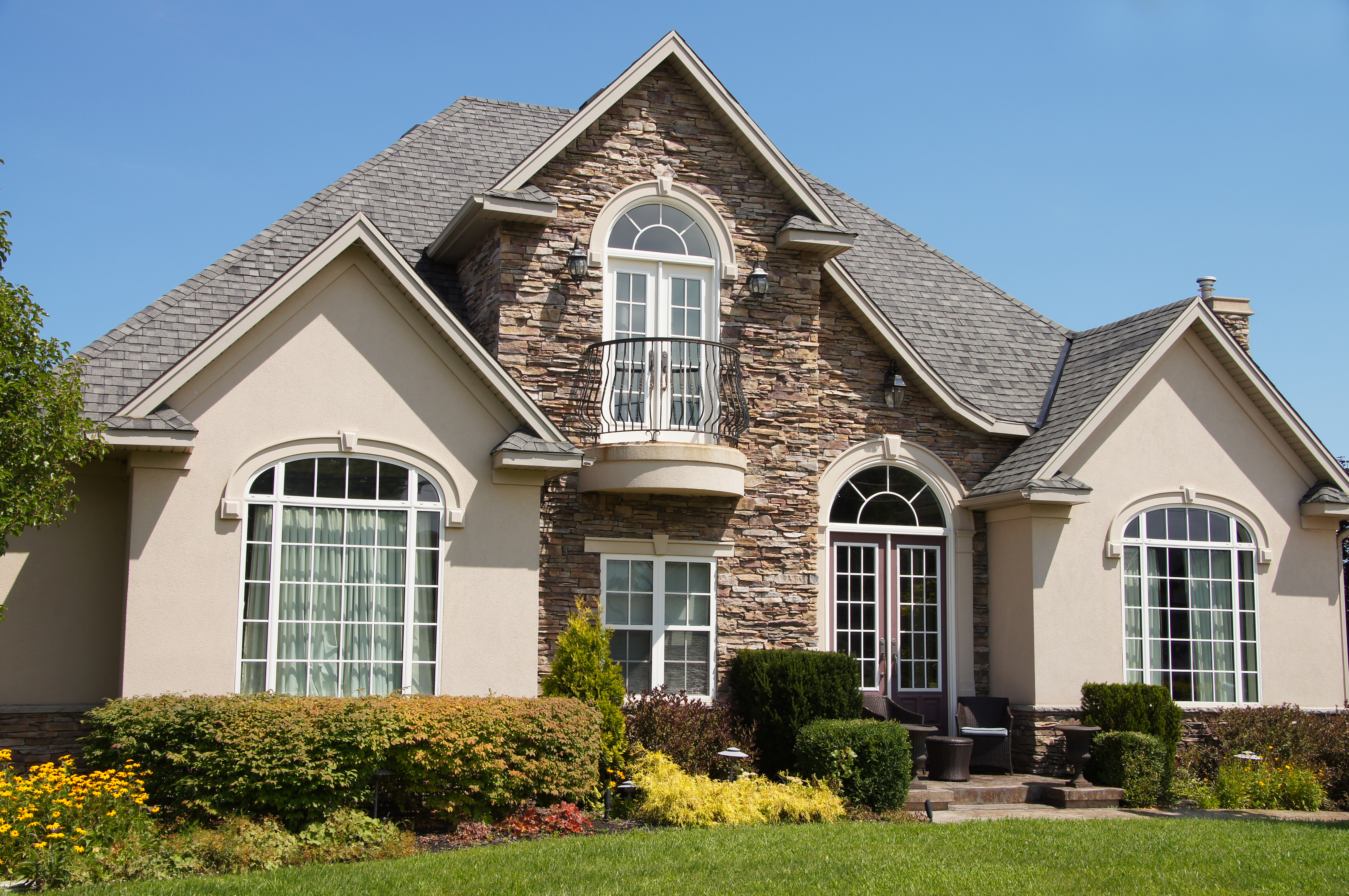 Stucco Maintenance To Help Prepare Your Home For Winter